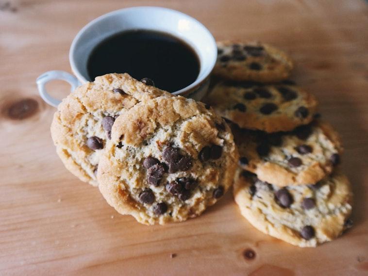 Testing cookies in Rails